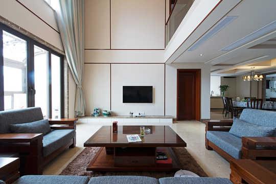 客厅的中式木制家具