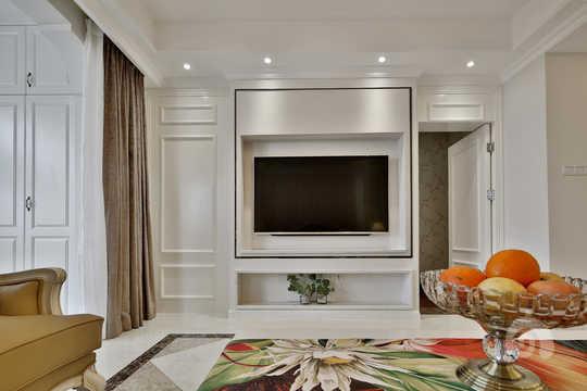 客厅背景墙将隐形门打开后的效果